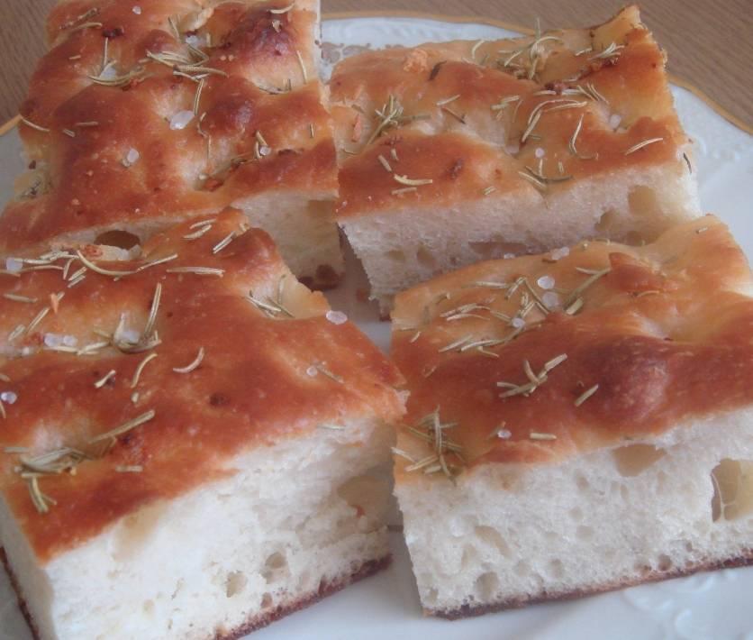 рецепт чесночно-розмаринового хлеба