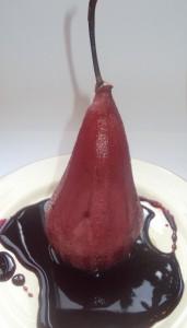 Вкусный десерт груша в вине