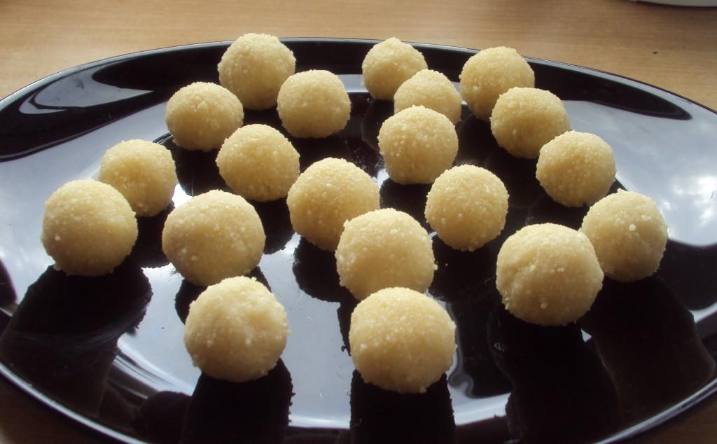 шарики марципанов