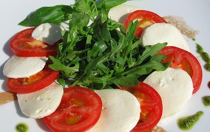 рецепт салат капрезе