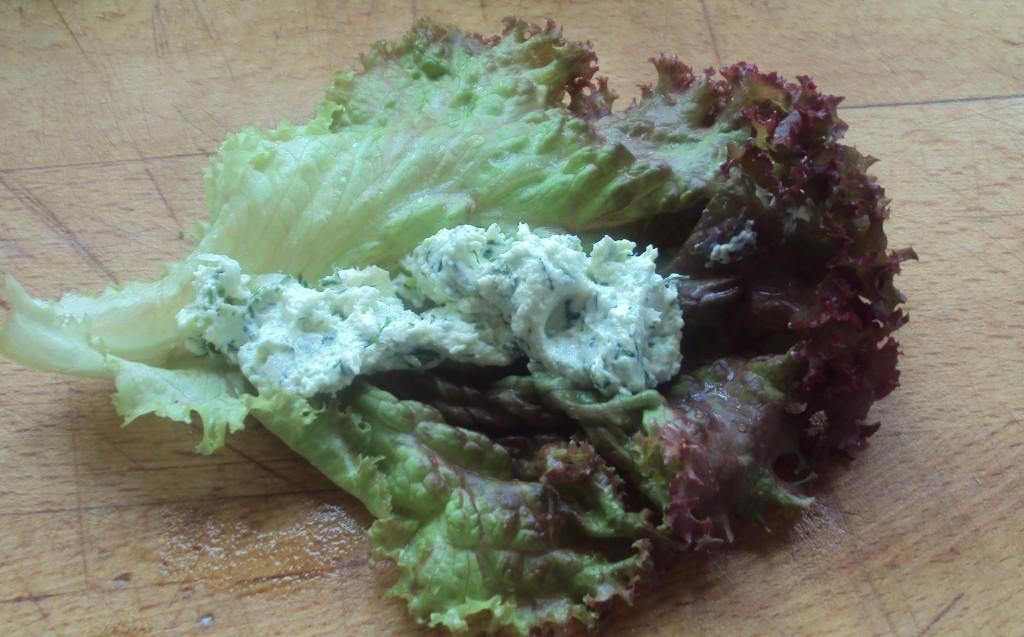 лист салата завернуть