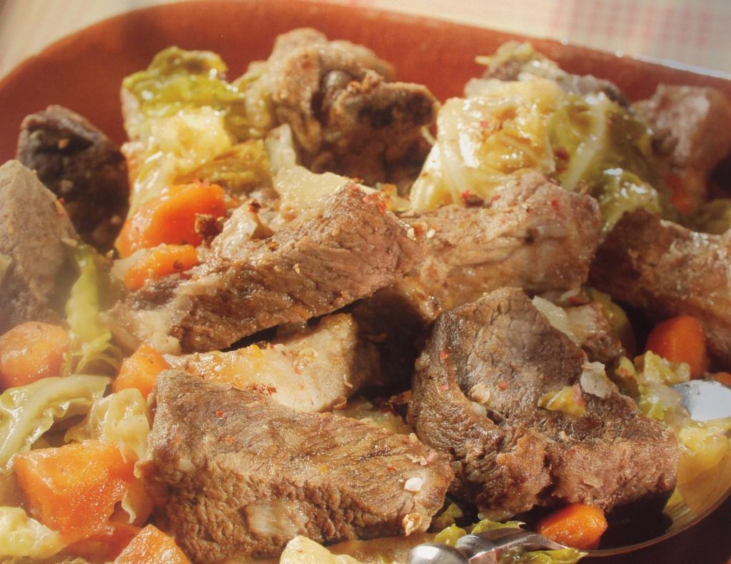 мясное рагу с овощами, рагу