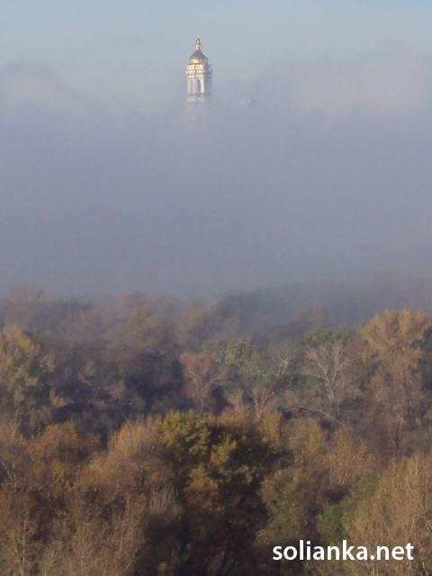 Лавра в тумане