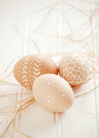 роспись яиц корректором