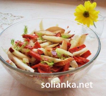 салат из фенхеля яблока и сыра