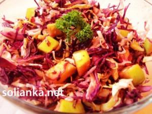 Витаминный салат из капусты белокочанной и краснокочанной