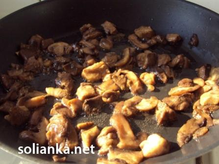 как жарить грибы на сковородке