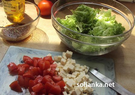 рецепт салата с вялеными помидорами