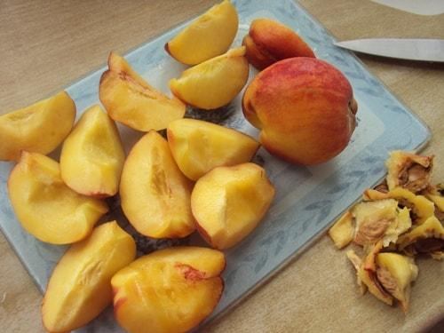 салат с рукколой и персиками - быстро и просто