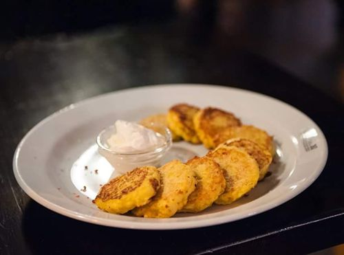 Кукурузные оладьи – рецепт «Тортитас де маис»